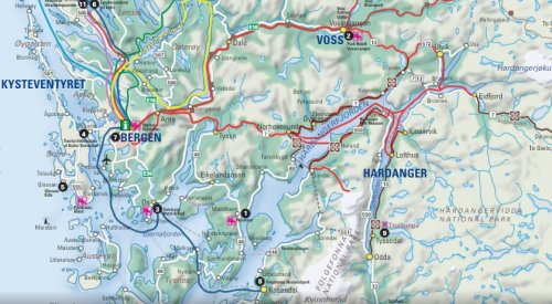 Stana Gard is located in the beautiful fjord landscape by the National Touristroute Hardanger